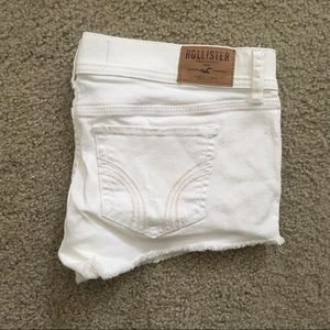 Hollister white low rise stretch short short
